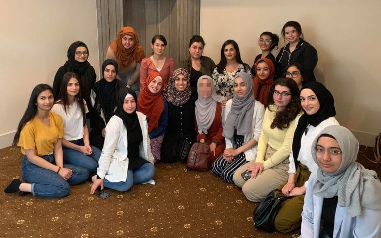 """لقاء """"سلام"""" بالطالبات الكنديات الزائرات لإسطنبول - الاخبار - مشروع سلام"""